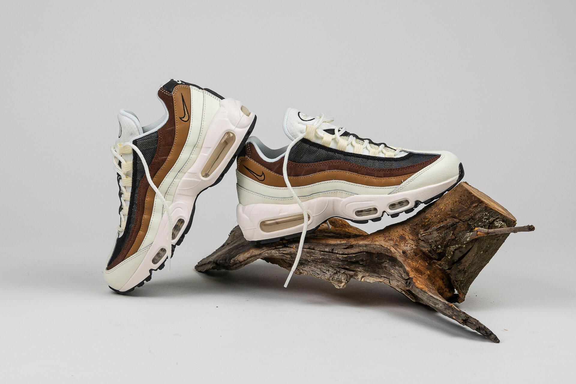 zeigt Air Max 95 von Nike